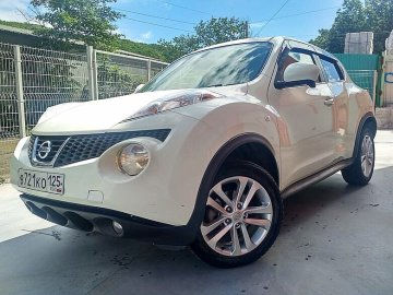 "<span style=""font-weight: bold;"">NISSAN JUKE</span><br>"