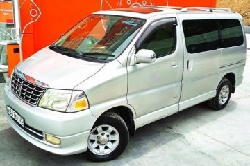 "<span style=""font-weight: bold;"">TOYOTA GRAND HIACE 4WD </span>"