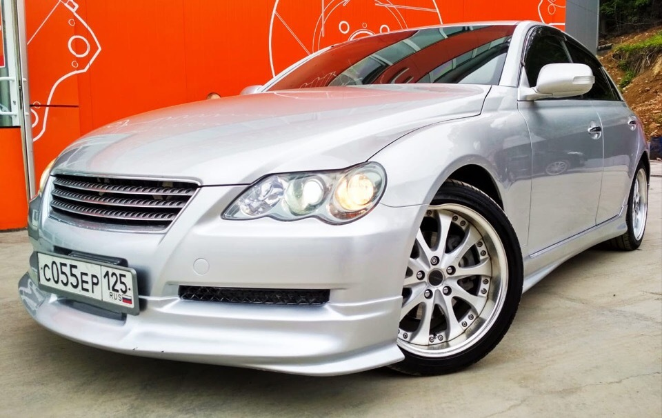 "<span style=""font-weight: bold;"">TOYOTA&nbsp;Mark X</span><br>"